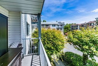"Photo 8: 203 11601 227 Street in Maple Ridge: East Central Condo for sale in ""CASTLEMOUNT"" : MLS®# R2383867"