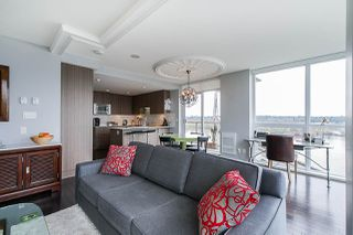 "Photo 11: 704 125 COLUMBIA Street in New Westminster: Downtown NW Condo for sale in ""NORTHBANK"" : MLS®# R2387169"