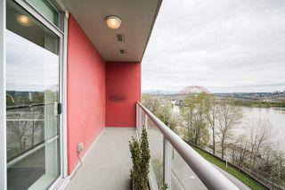 "Photo 19: 704 125 COLUMBIA Street in New Westminster: Downtown NW Condo for sale in ""NORTHBANK"" : MLS®# R2387169"