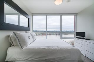 "Photo 17: 704 125 COLUMBIA Street in New Westminster: Downtown NW Condo for sale in ""NORTHBANK"" : MLS®# R2387169"