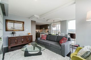"Photo 9: 704 125 COLUMBIA Street in New Westminster: Downtown NW Condo for sale in ""NORTHBANK"" : MLS®# R2387169"