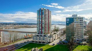 "Photo 1: 704 125 COLUMBIA Street in New Westminster: Downtown NW Condo for sale in ""NORTHBANK"" : MLS®# R2387169"