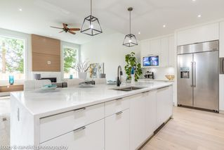 Main Photo: 1723 WESTOVER Road in North Vancouver: Lynn Valley House for sale : MLS®# R2401548