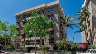 Photo 2: HILLCREST Condo for rent : 2 bedrooms : 3560 1st Ave #6 in San Diego