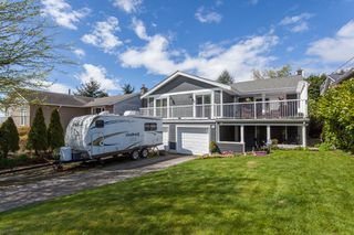 "Photo 1: 1135 HABGOOD Street: White Rock House for sale in ""EAST BEACH"" (South Surrey White Rock)  : MLS®# R2507661"