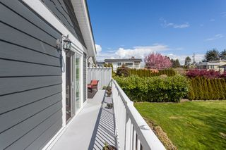 "Photo 22: 1135 HABGOOD Street: White Rock House for sale in ""EAST BEACH"" (South Surrey White Rock)  : MLS®# R2507661"