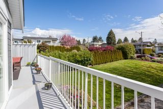 "Photo 21: 1135 HABGOOD Street: White Rock House for sale in ""EAST BEACH"" (South Surrey White Rock)  : MLS®# R2507661"
