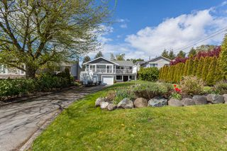 "Photo 38: 1135 HABGOOD Street: White Rock House for sale in ""EAST BEACH"" (South Surrey White Rock)  : MLS®# R2507661"