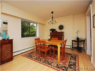 Photo 8: 101 1050 Park Boulevard in VICTORIA: Vi Fairfield West Condo Apartment for sale (Victoria)  : MLS®# 292693