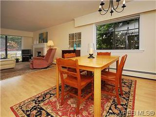 Photo 9: 101 1050 Park Boulevard in VICTORIA: Vi Fairfield West Condo Apartment for sale (Victoria)  : MLS®# 292693
