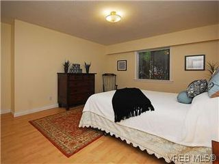Photo 10: 101 1050 Park Boulevard in VICTORIA: Vi Fairfield West Condo Apartment for sale (Victoria)  : MLS®# 292693