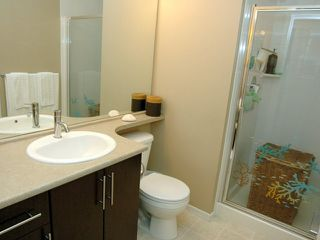 "Photo 7: 404 700 KLAHANIE Drive in Port Moody: Port Moody Centre Condo for sale in ""BOARDWALK"" : MLS®# V911604"