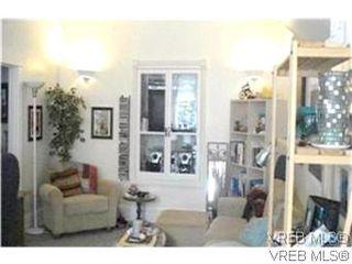 Photo 3: 1734 Davie St in VICTORIA: Vi Jubilee Triplex for sale (Victoria)  : MLS®# 587654