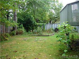 Photo 12: 1734 Davie St in VICTORIA: Vi Jubilee Triplex for sale (Victoria)  : MLS®# 587654