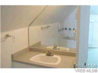Photo 9: 1734 Davie St in VICTORIA: Vi Jubilee Triplex for sale (Victoria)  : MLS®# 587654