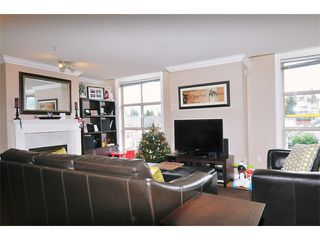 "Photo 3: 29 2378 RINDALL Avenue in Port Coquitlam: Central Pt Coquitlam Condo for sale in ""BRITTANY PARK"" : MLS®# V922637"