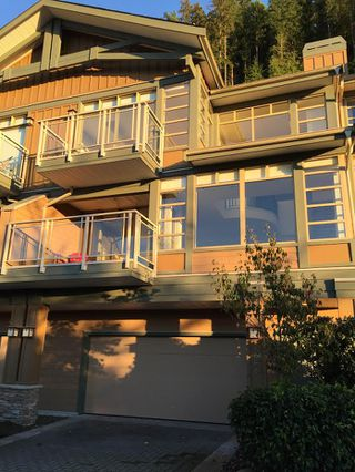 Main Photo: Seascape Drive in West Vancouver: Howe Sound Townhouse for rent