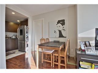 Photo 5: 709 1212 HOWE Street in Vancouver: Downtown VW Condo for sale (Vancouver West)  : MLS®# V1044810