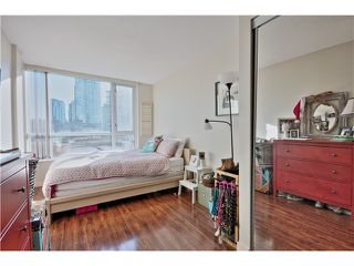 Photo 13: 709 1212 HOWE Street in Vancouver: Downtown VW Condo for sale (Vancouver West)  : MLS®# V1044810