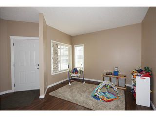 Photo 5: 35 KINGSLAND Way SE: Airdrie Residential Detached Single Family for sale : MLS®# C3605063