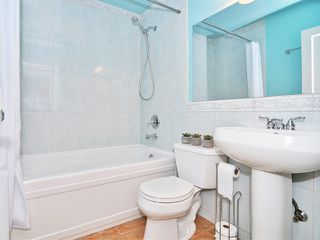 Photo 5: 4998 PRINCE ALBERT Street in Vancouver: Fraser VE House for sale (Vancouver East)  : MLS®# V1057034