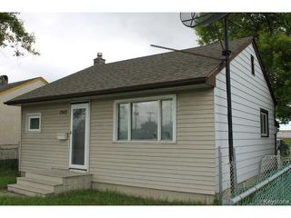 Photo 1: 1343 Logan Avenue in WINNIPEG: Brooklands / Weston Residential for sale (West Winnipeg)  : MLS®# 1415216