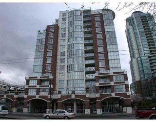 """Photo 1: 1205 1255 MAIN ST in Vancouver: Mount Pleasant VE Condo for sale in """"STATION PLACE"""" (Vancouver East)  : MLS®# V603907"""