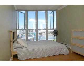 """Photo 7: 1205 1255 MAIN ST in Vancouver: Mount Pleasant VE Condo for sale in """"STATION PLACE"""" (Vancouver East)  : MLS®# V603907"""