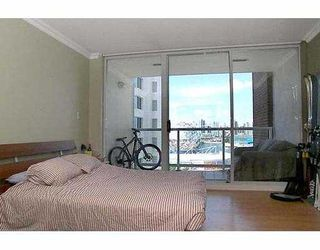 """Photo 6: 1205 1255 MAIN ST in Vancouver: Mount Pleasant VE Condo for sale in """"STATION PLACE"""" (Vancouver East)  : MLS®# V603907"""