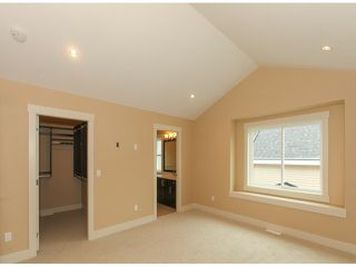 Photo 9: 5970 131ST Street in Surrey: Panorama Ridge House for sale : MLS®# F1425192