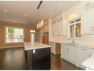 Photo 3: 5970 131ST Street in Surrey: Panorama Ridge House for sale : MLS®# F1425192