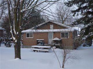 Main Photo: 227 Pine Beach Drive in Georgina: Keswick South House (Bungalow) for sale : MLS®# N3114865