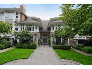 "Photo 1: 213 3188 W 41ST Avenue in Vancouver: Kerrisdale Condo for sale in ""THE LANESBOROUGH"" (Vancouver West)  : MLS®# V1104364"