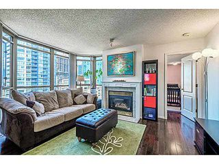 "Main Photo: 2106 867 HAMILTON Street in Vancouver: Downtown VW Condo for sale in ""JARDINE'S LOOKOUT"" (Vancouver West)  : MLS®# V1117977"