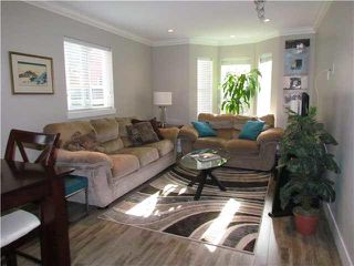 "Photo 2: 25 33313 GEORGE FERGUSON Way in Abbotsford: Central Abbotsford Townhouse for sale in ""CEDAR LANE"" : MLS®# F1443018"