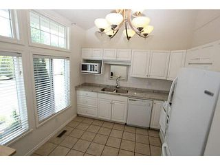 "Photo 9: 13 20761 TELEGRAPH Trail in Langley: Walnut Grove Townhouse for sale in ""WOODBRIDGE"" : MLS®# F1444209"