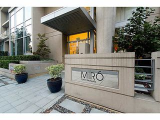"Photo 1: 602 1001 RICHARDS Street in Vancouver: Downtown VW Condo for sale in ""Miro"" (Vancouver West)  : MLS®# V1141685"