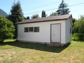 Photo 11: 524 3RD Avenue in Chilliwack: Hope Center House for sale (Hope)  : MLS®# R2057787