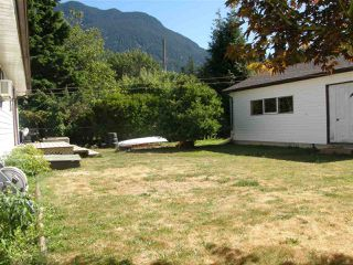 Photo 13: 524 3RD Avenue in Chilliwack: Hope Center House for sale (Hope)  : MLS®# R2057787
