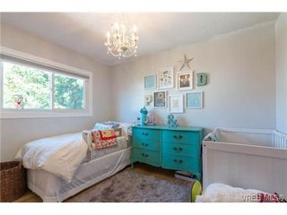 Photo 11: 4020 Glanford Ave in VICTORIA: SW Glanford House for sale (Saanich West)  : MLS®# 738146
