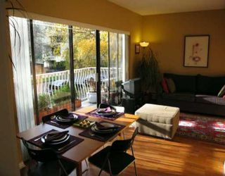 """Photo 4: 1655 NELSON Street in Vancouver: West End VW Condo for sale in """"HAMPSTEAD MANOR"""" (Vancouver West)  : MLS®# V621243"""