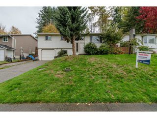 Photo 1: 35151 SKEENA Avenue in Abbotsford: Abbotsford East House for sale : MLS®# R2115388
