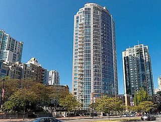 "Photo 1: 1106 388 DRAKE Street in Vancouver: Yaletown Condo for sale in ""GOVERNOR'S TOWER"" (Vancouver West)  : MLS®# R2120550"