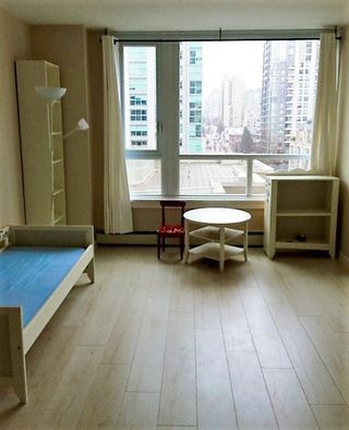 "Photo 6: 1106 388 DRAKE Street in Vancouver: Yaletown Condo for sale in ""GOVERNOR'S TOWER"" (Vancouver West)  : MLS®# R2120550"