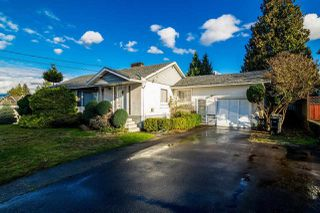 Photo 1: 5550 HALLEY Avenue in Burnaby: Central Park BS House for sale (Burnaby South)  : MLS®# R2125611