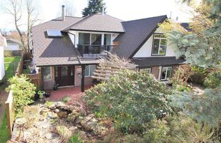 """Photo 2: 829 FIFTH Street in New Westminster: GlenBrooke North House for sale in """"UPPER GLENBROOK"""" : MLS®# R2158768"""