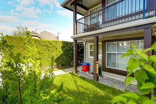 "Photo 2: 73 12099 237 Street in Maple Ridge: East Central Townhouse for sale in ""GABRIOLA"" : MLS®# R2163095"