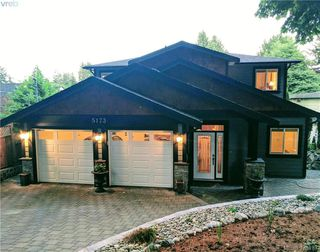 Photo 1: 5173 Lochside Dr in VICTORIA: SE Cordova Bay House for sale (Saanich East)  : MLS®# 759445