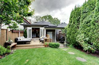 Photo 3: 846 E 23rd Avenue in Vancouver: Fraser VE House for sale (Vancouver East)