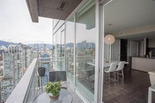 """Photo 16: 3802 1372 SEYMOUR Street in Vancouver: Downtown VW Condo for sale in """"The Mark - Yaletown"""" (Vancouver West)  : MLS®# R2189623"""